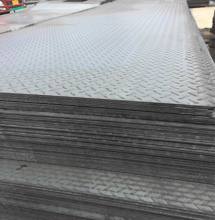Competitive price prime hot rolled steel 3mm chequer plate with standard sizes