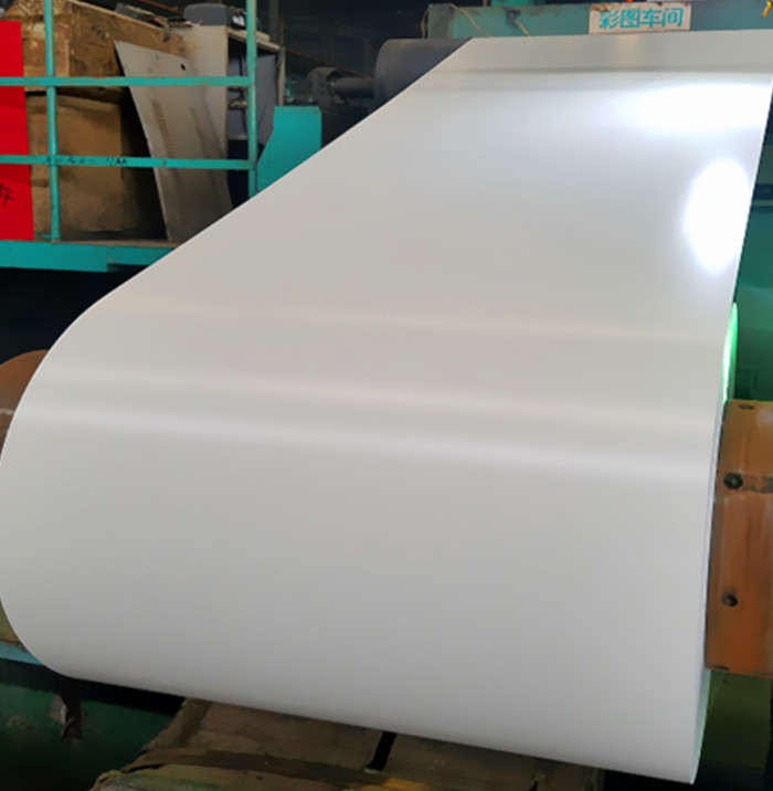 PPGI coil pre painted galvanized steel coil 0.7 in steel sheets for building material