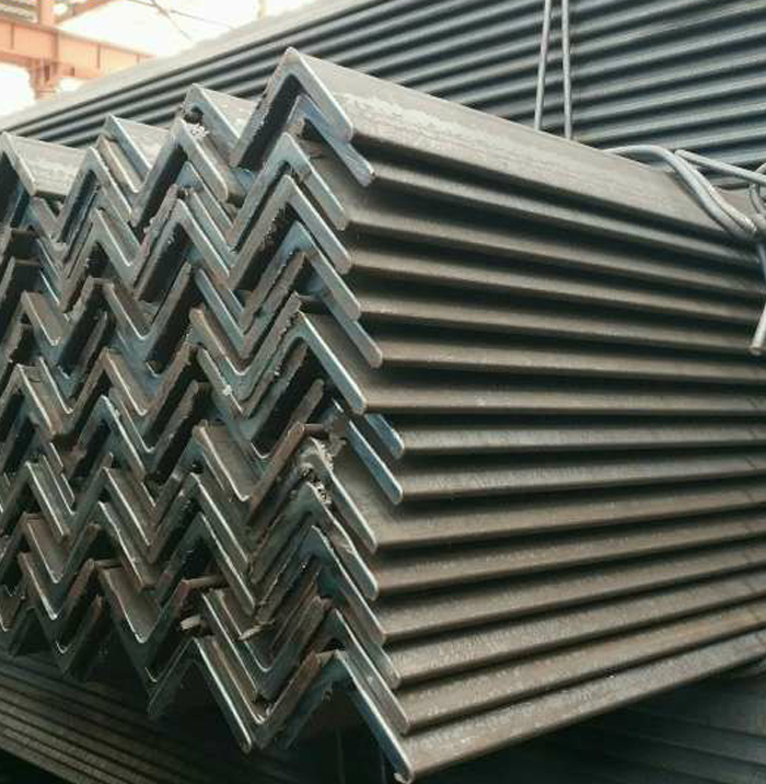 China Good Quality Black Low Carbon Steel Angle Bar