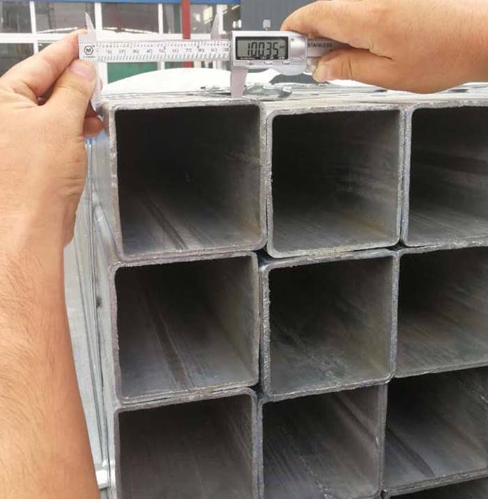 China Manufacturer and Exporter Good Quality Galvanized Steel Square Tube